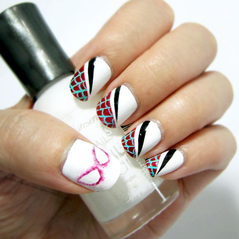 Spider-Gwen nail art